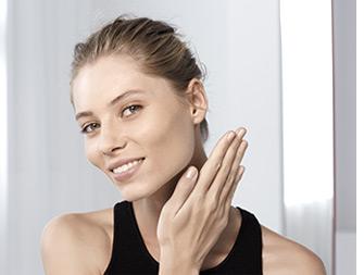 W jaki sposób usunąć makijaż bez użycia wody?