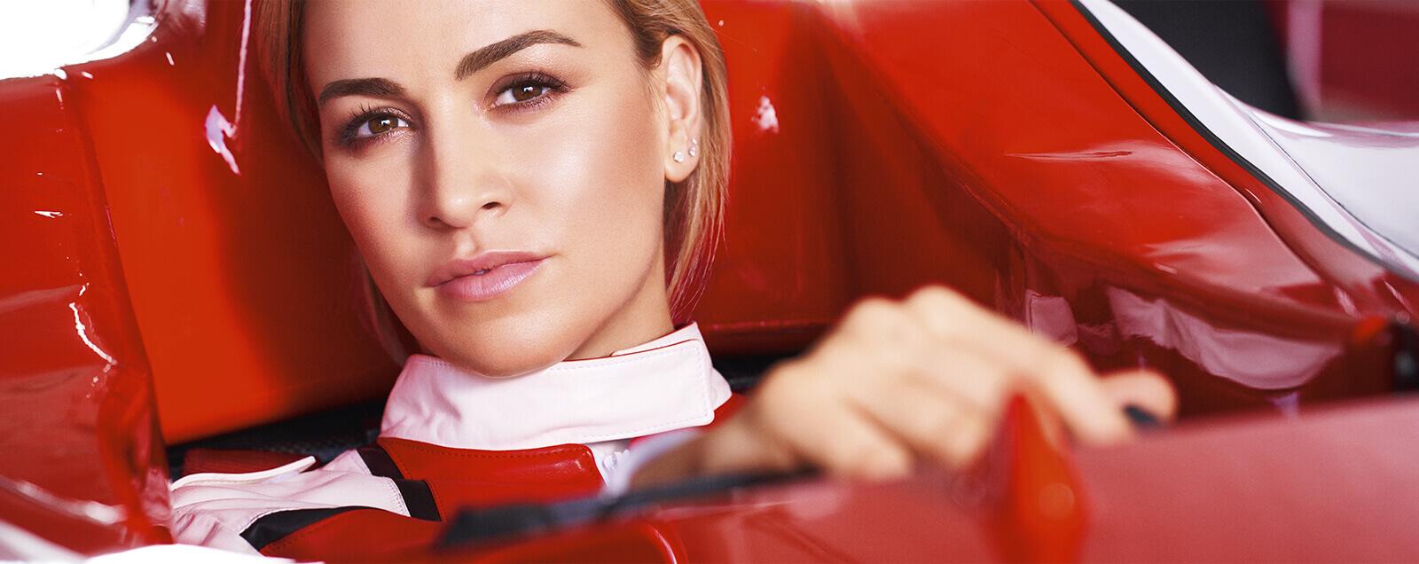 Modelka kierująca w Formule 1