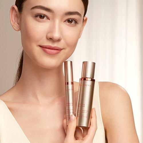 Fiona z kosmetykami z gamy SFL