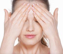 Rozprowadź równomiernie na skórę twarzy i szyi.