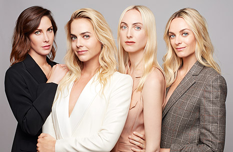 Zdjęcie Claire, Jenna, Prisca i Virginie Courtin-Clarins