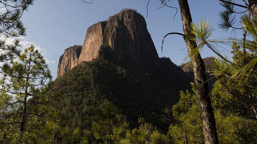 Zdjęcie krajobrazu górskiego